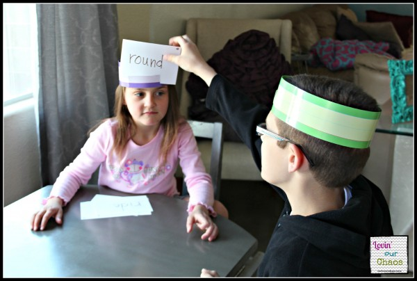 Sight Word Headbandz GameTaking Turns