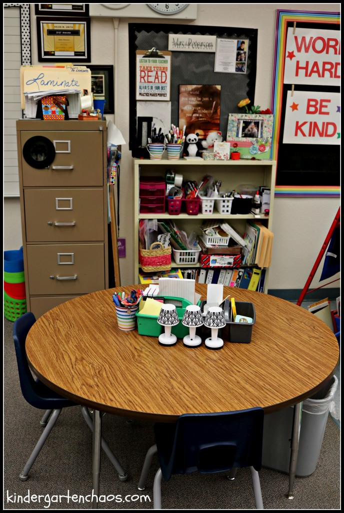 Teacher Area kindergartenchaos.com