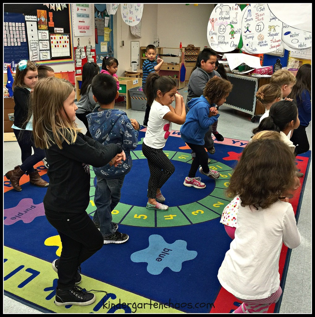 GoNoodle - Crossing the Midline - kindergartenchaos.com