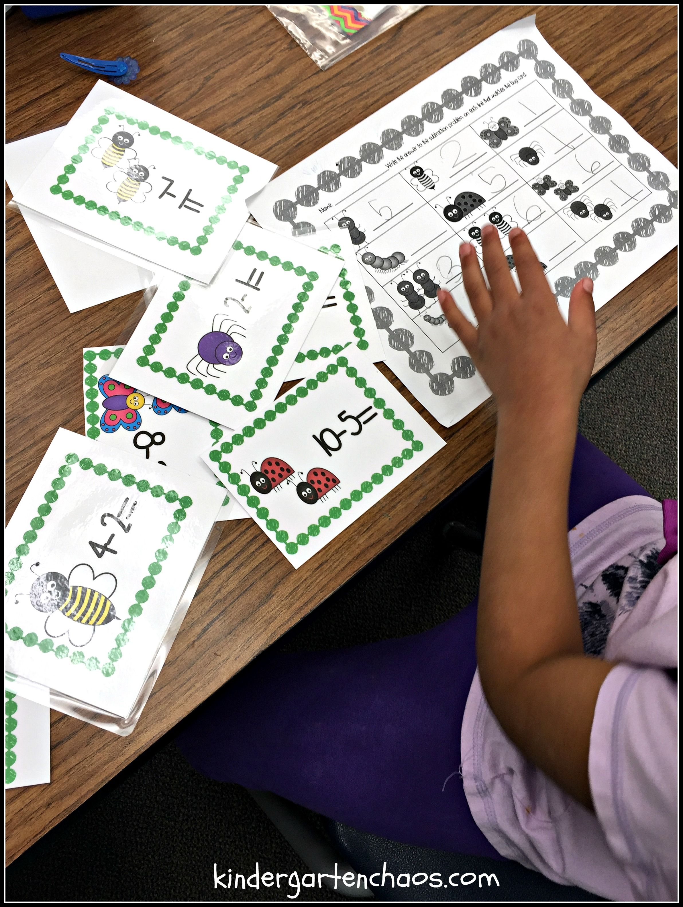 Spring Bug Subtraction - kindergartenchaos.com